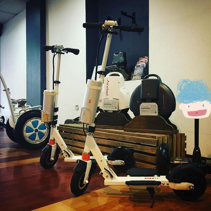 costo di scooter elettrico