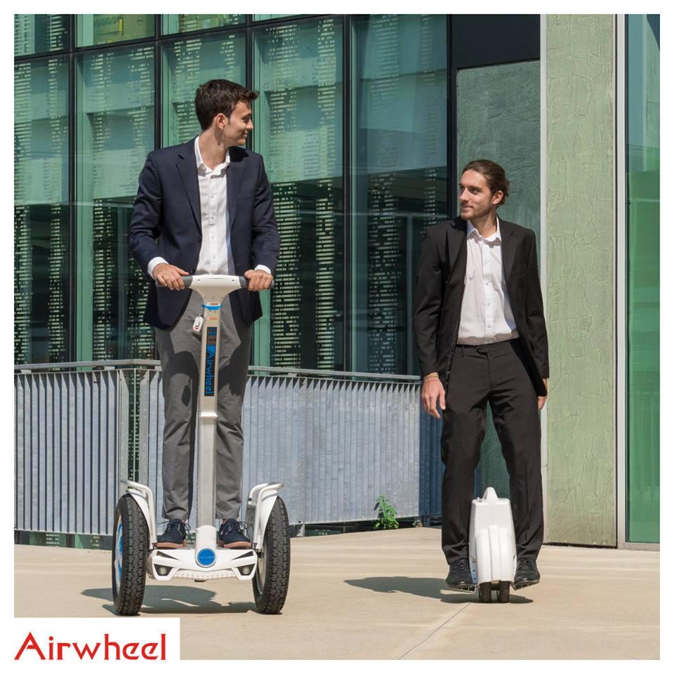 twin-wheel scooter