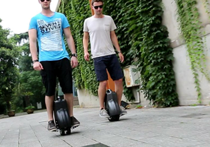 Airwheel Self-balancing Electric Unicycles Are Changing Commute Style