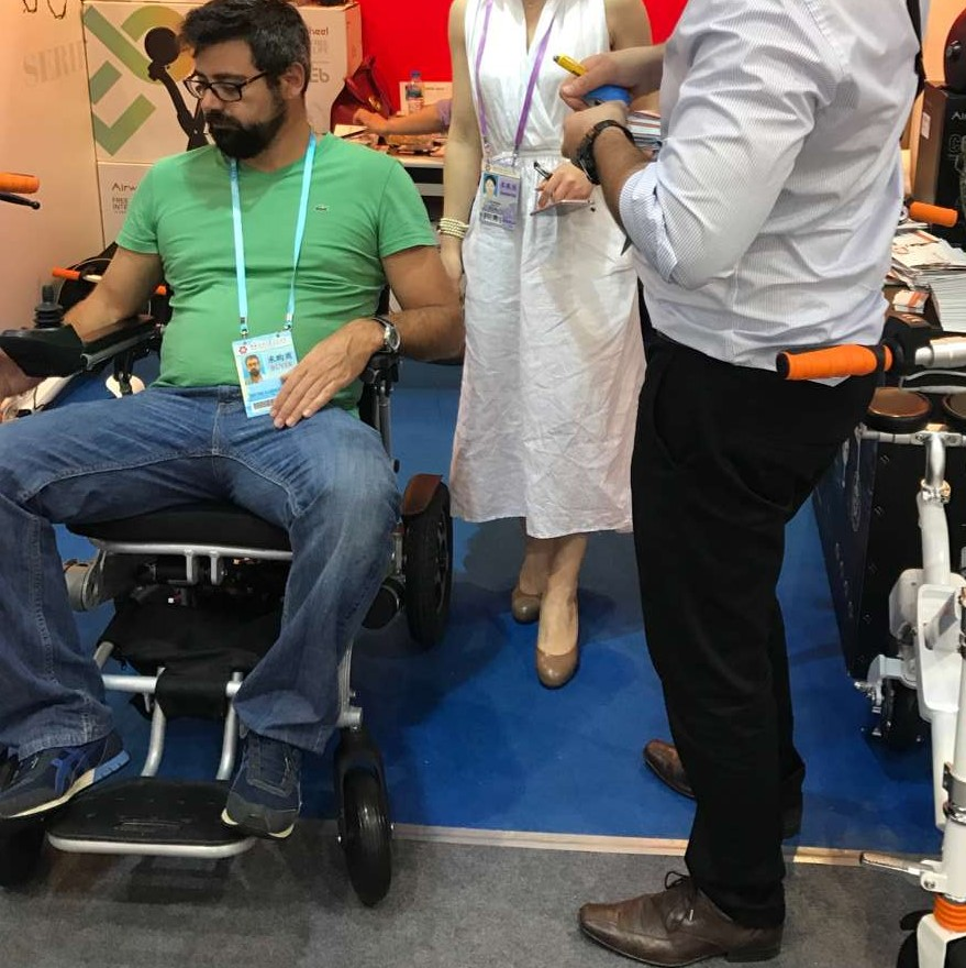 Airwheel Cadeira de rodas elétrica inteligente