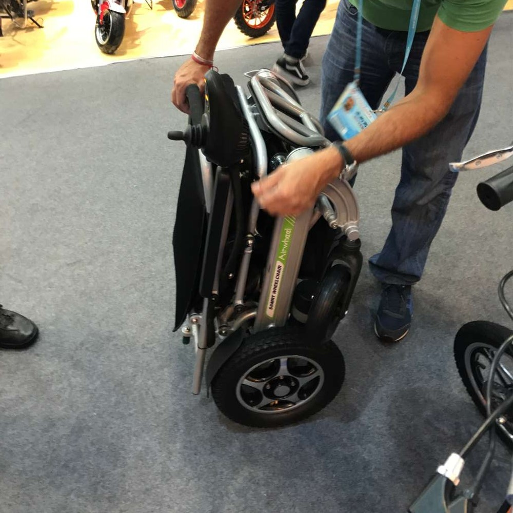 folding smart electric wheelchair