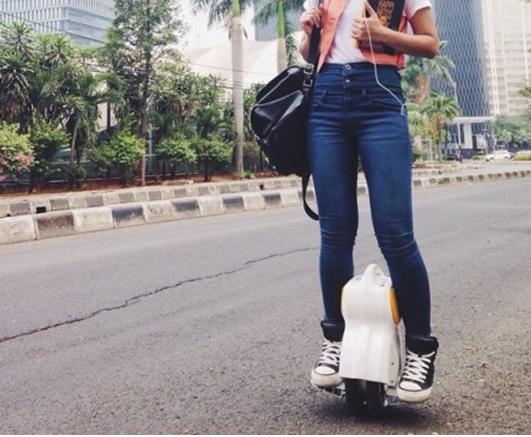 Avoir une vision des commentaires d'acheteurs sur Airwheel 2-roues scooter électrique Q3