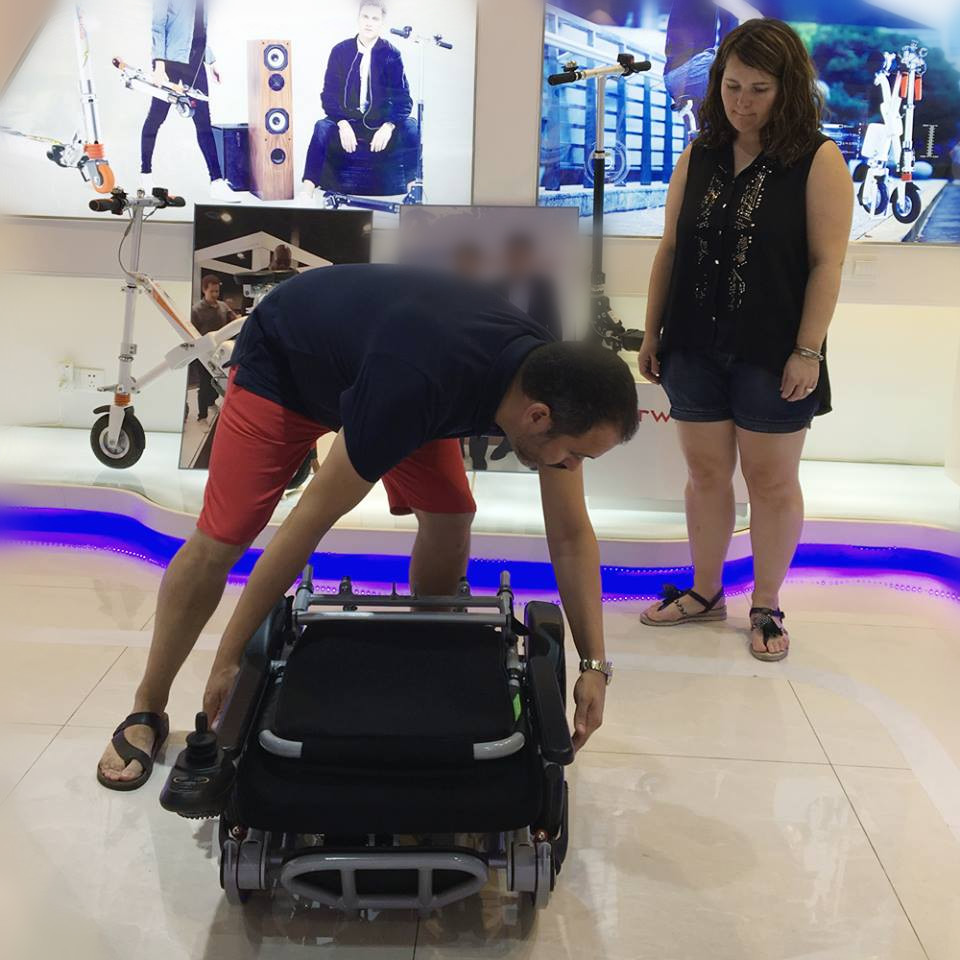 Airwheel H3 wheelchair smart