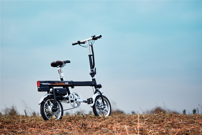 Airwheel R6 Assist electric bike