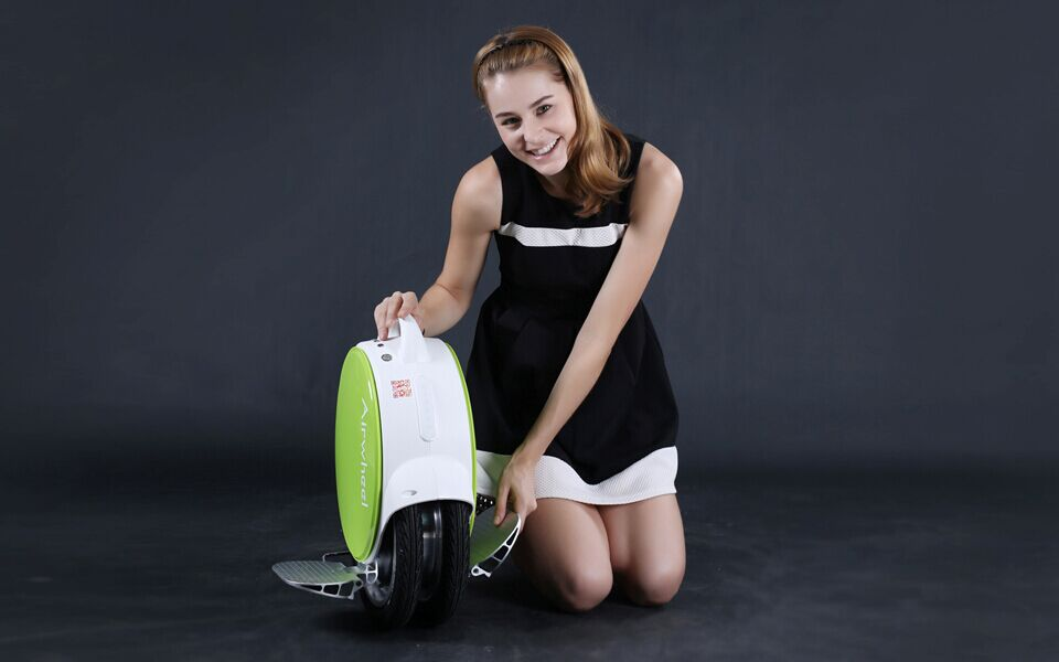 http://www.airwheel.net/images/Airwheel_Q5_1.jpg