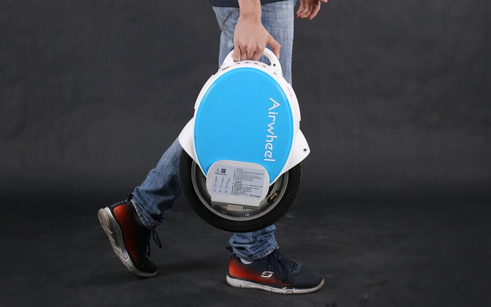 http://www.airwheel.net/images/Airwheel_Q5_2.jpg