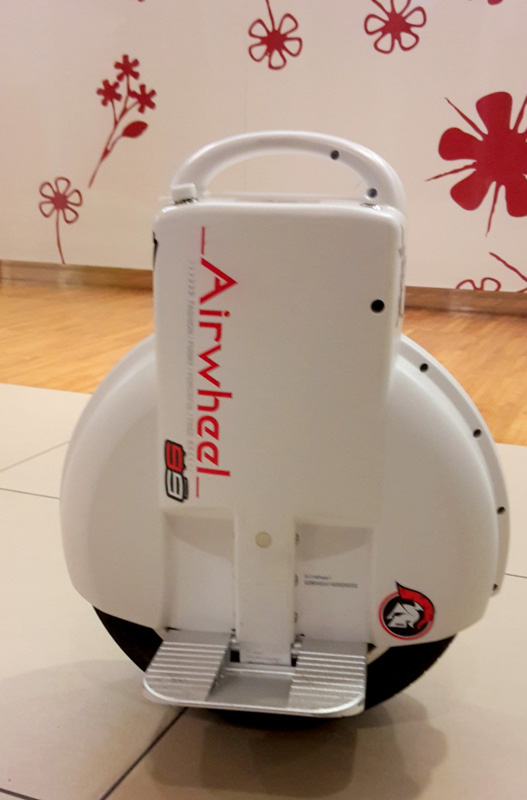 Airwheel Q3, auto-bilanciamento motorino
