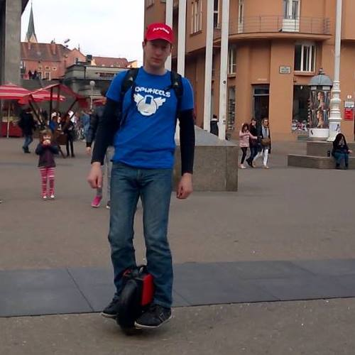 Airwheel, self balance electric unicycle, one wheel electric scooter