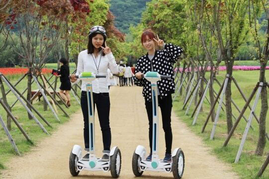 Airwheel Intelligent Two-wheeled Self-balancing Scooter Leads the World Market