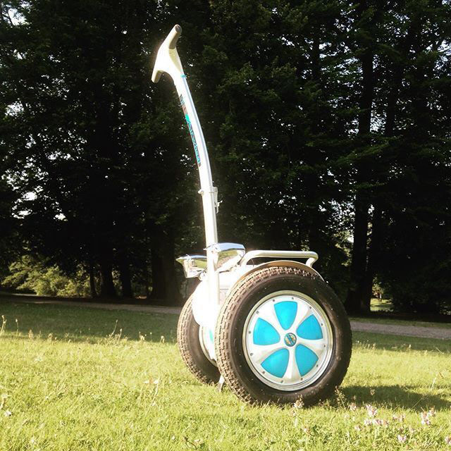 Airwheel Leads the Trend of Intelligent Electric Scooter