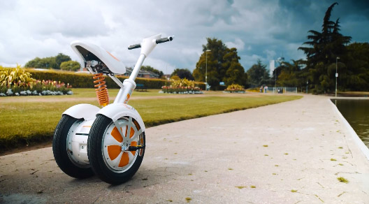 The Multi-functions of Airwheel Electric Self-balancing Scooter