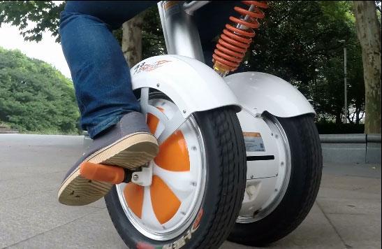 Airwheel A3, due ruote elettrico