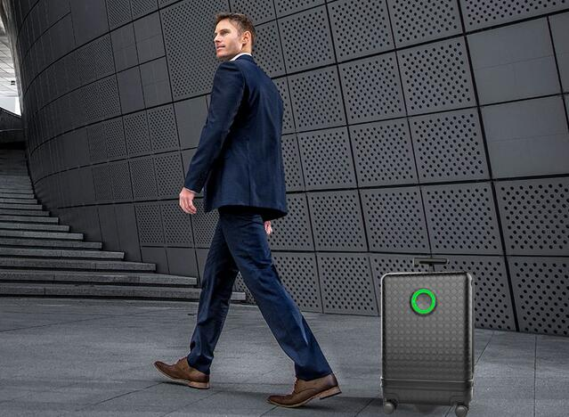Airwheel SR3 travelmate luggage