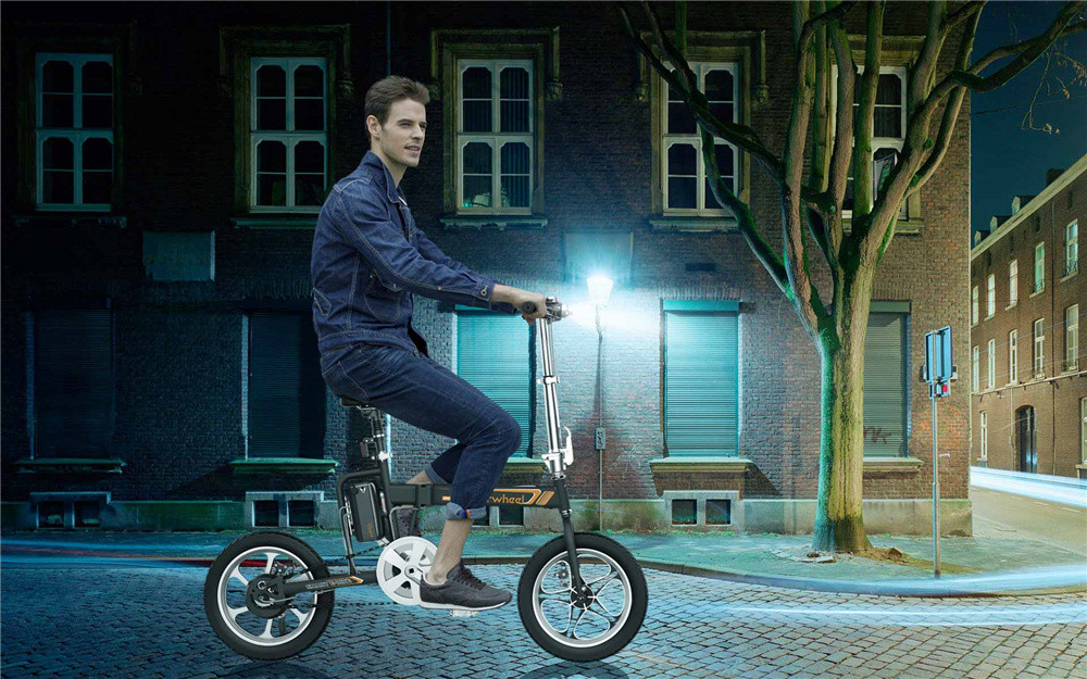 Airwheel electric moped bike