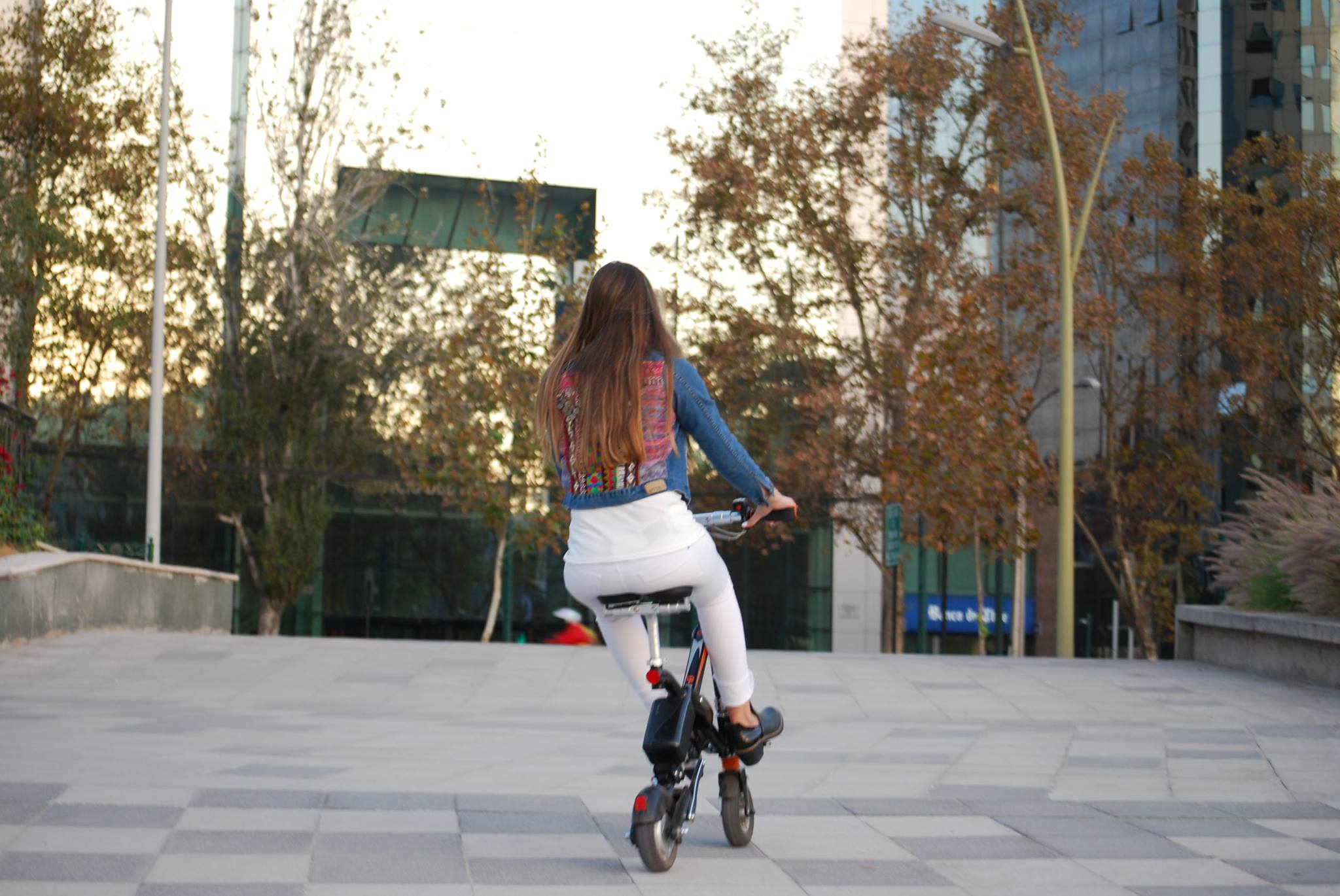 Airwheel E6 Smart E Bike