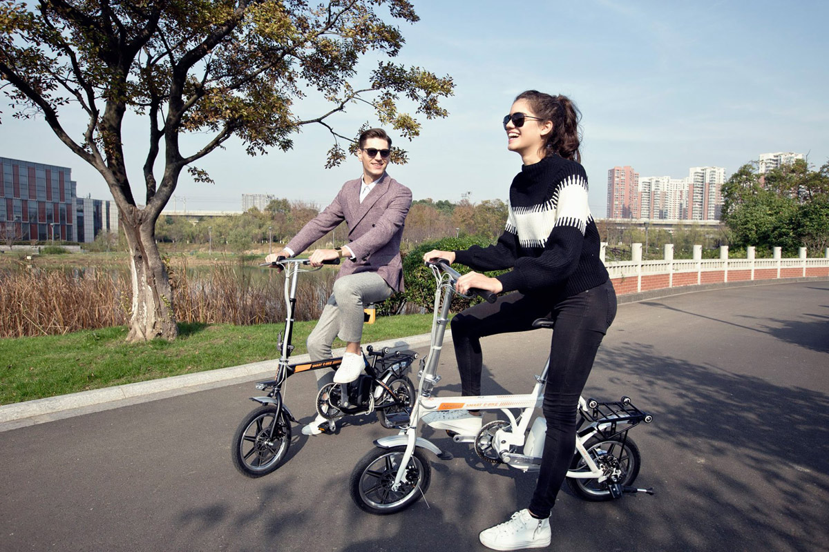 Airwheel R3 citizen folding electric bike