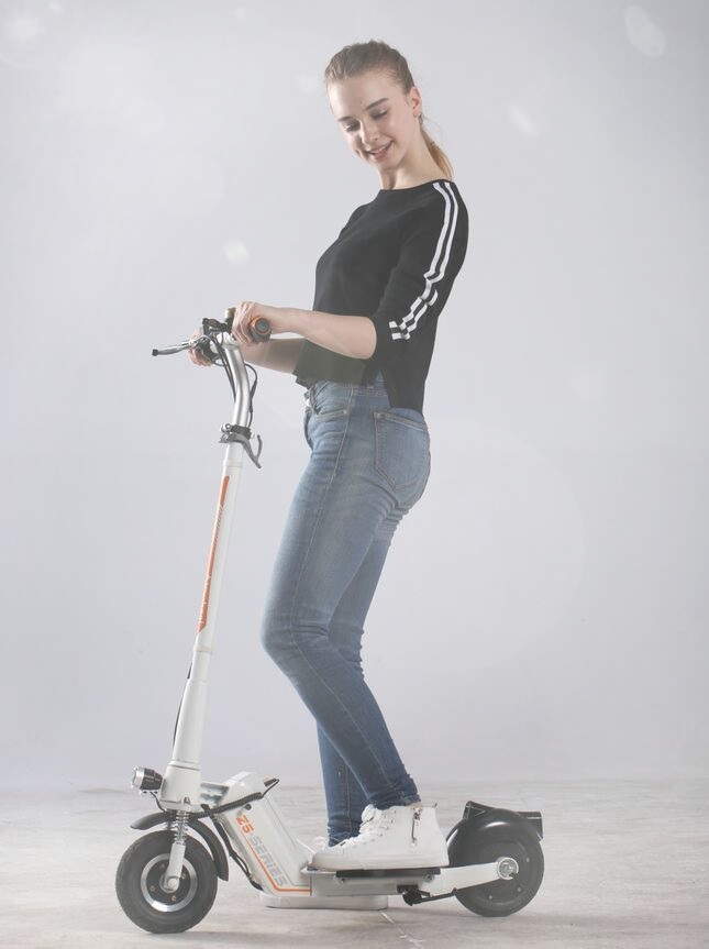Airwheel Z5 eco-friendly electric scooter