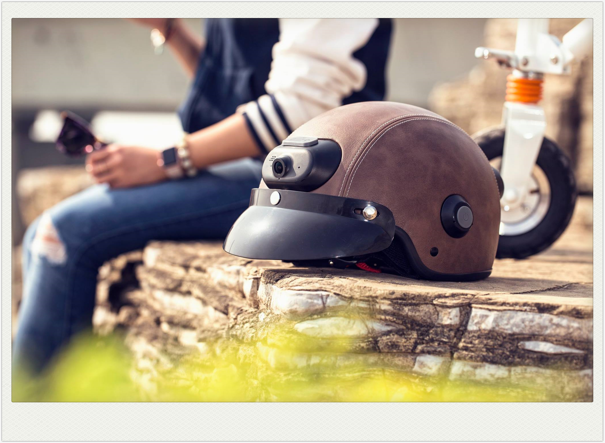 Airwheel C6 intelligent helmet