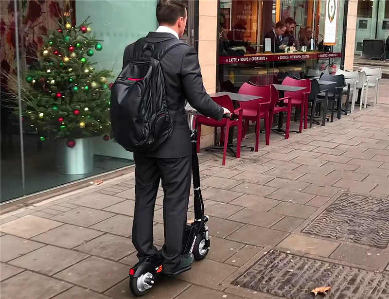A Blessing to Travelers on Holiday—Airwheel Z5 Folding electric scooter for adults
