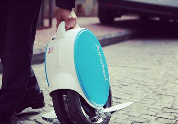 Airwheel Q5 twin-wheeled electric scooter