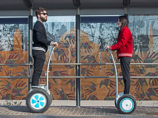 Airwheel S5 SUV scooter