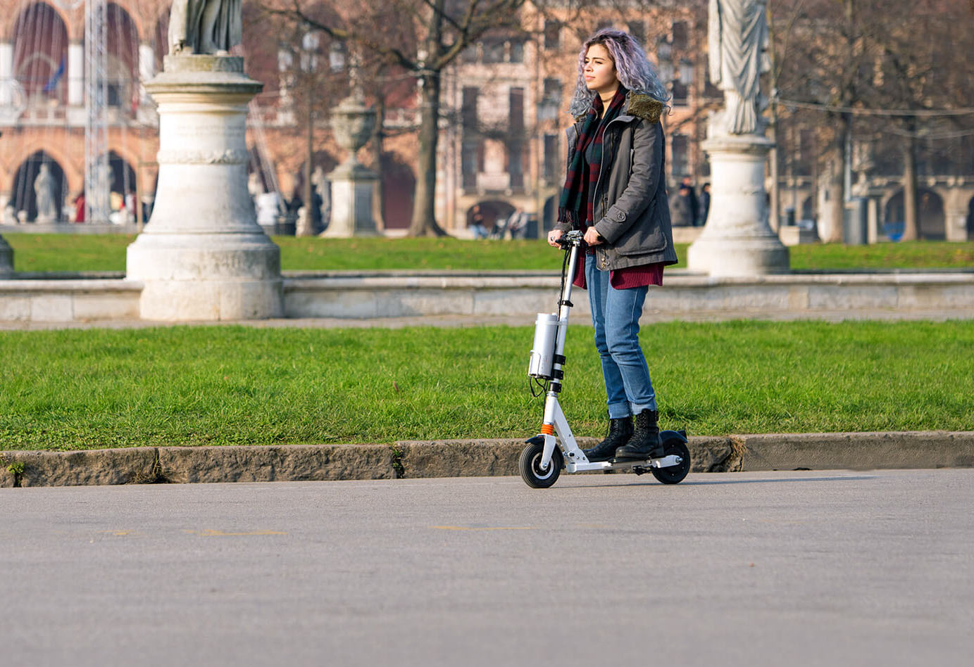 Airwheel two wheel self-balancing electric scooter Z3
