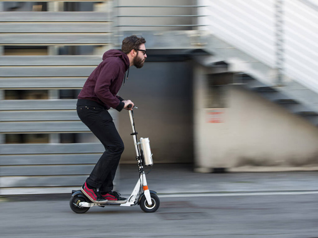 Airwheel Z3 two-wheeled electric scooter
