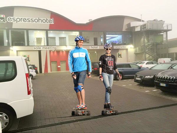 Airwheel M3 good quality electric hoverboard