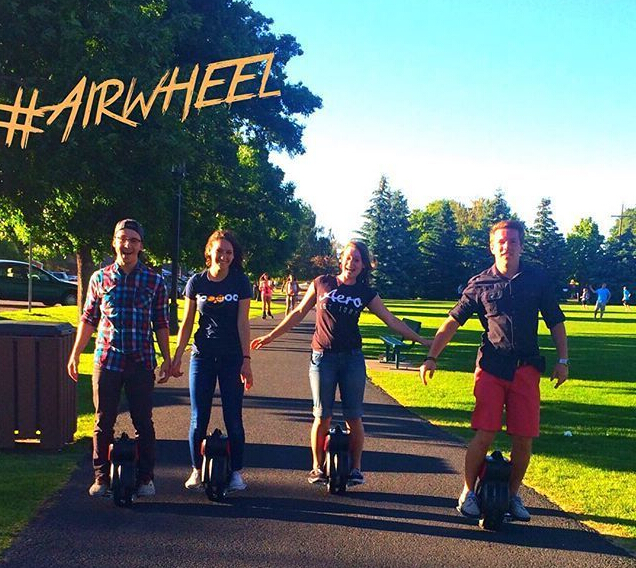 http://www.airwheel.net/skateboard/Airwheel_Q1_b.jpg