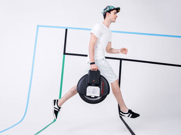 http://www.airwheel.net/skateboard/Airwheel_X8_3.jpg
