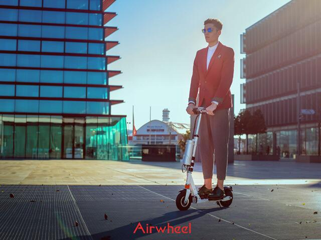 Airwheel Z3 2-wheeled electric scooter
