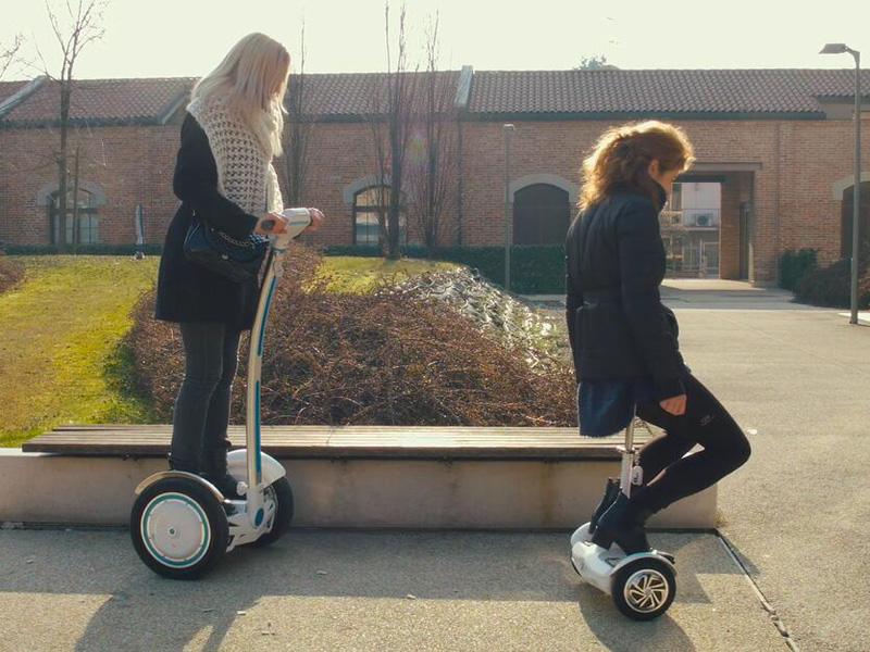 Airwheel two-wheeled self-balancing scooter