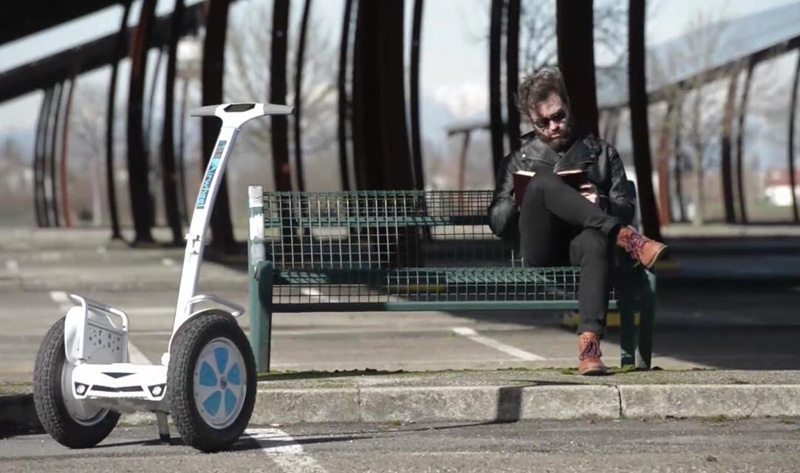 Airwheel S5 electric walkcar