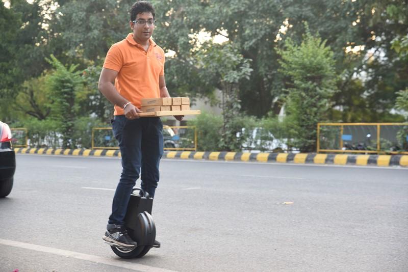 Airwheel Q3, transportador de mãos-livres