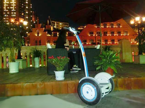 Airwheel intelligente Self-balancing Elektroroller Attended Expoactiva Nacional