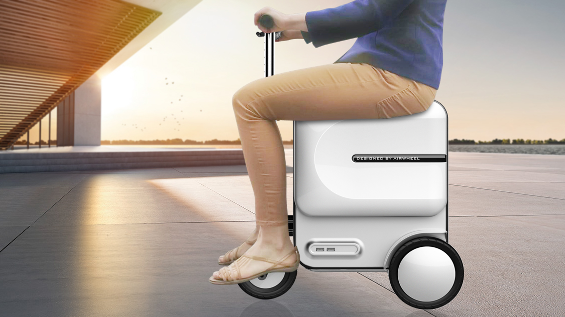Airwheel%20 SE3%20 ride on luggage for adults(4).