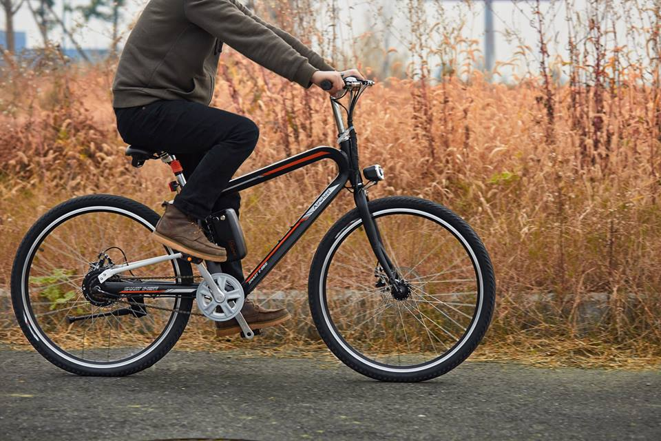 Airwheel R8 mountain electric bike