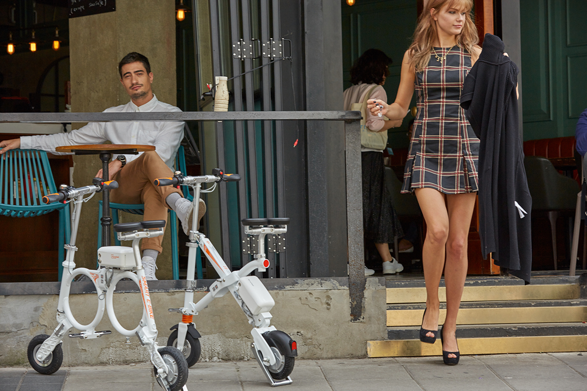 Airwheel E3 mini folding electric bike.