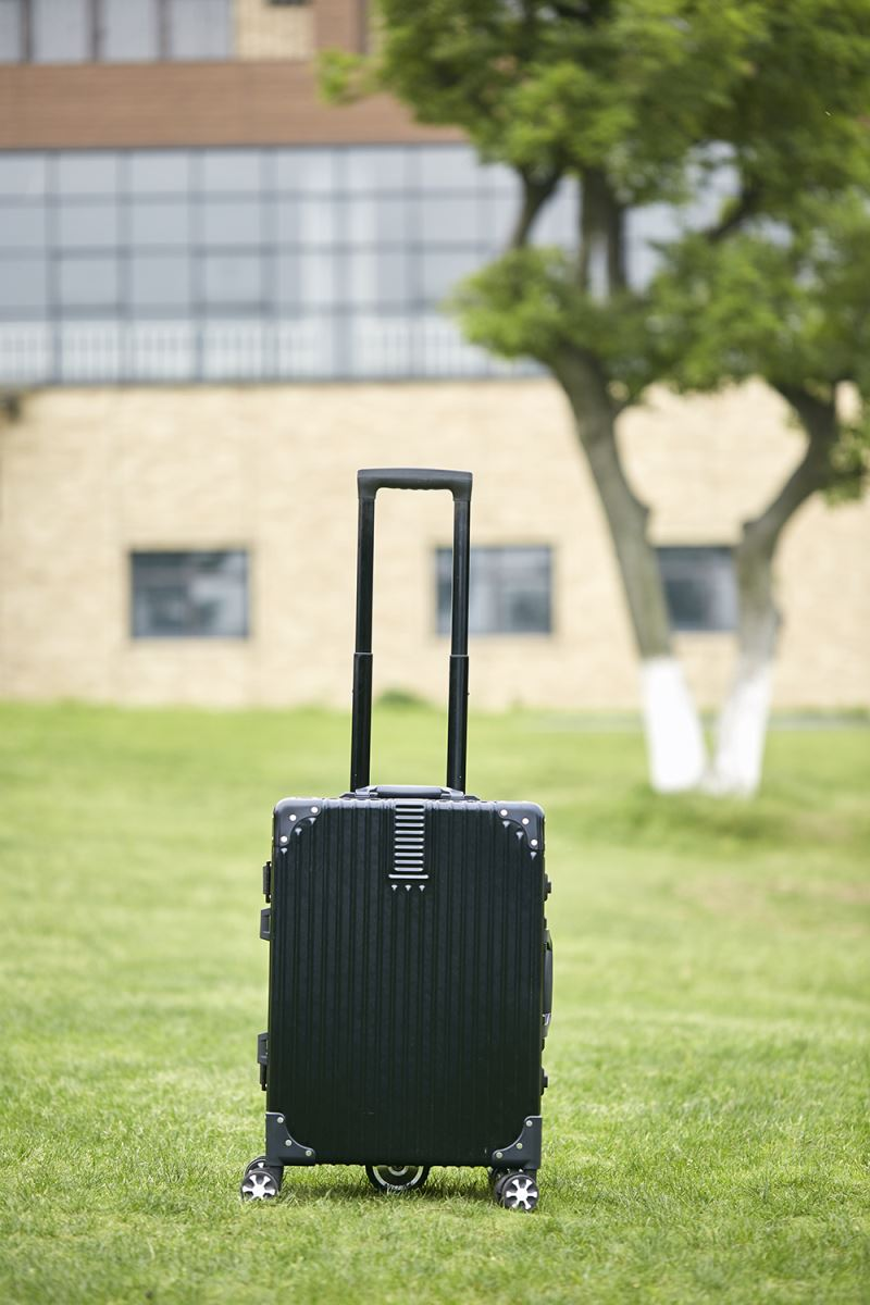 Airwheel SR6 Electronic traveling suitcase(1).