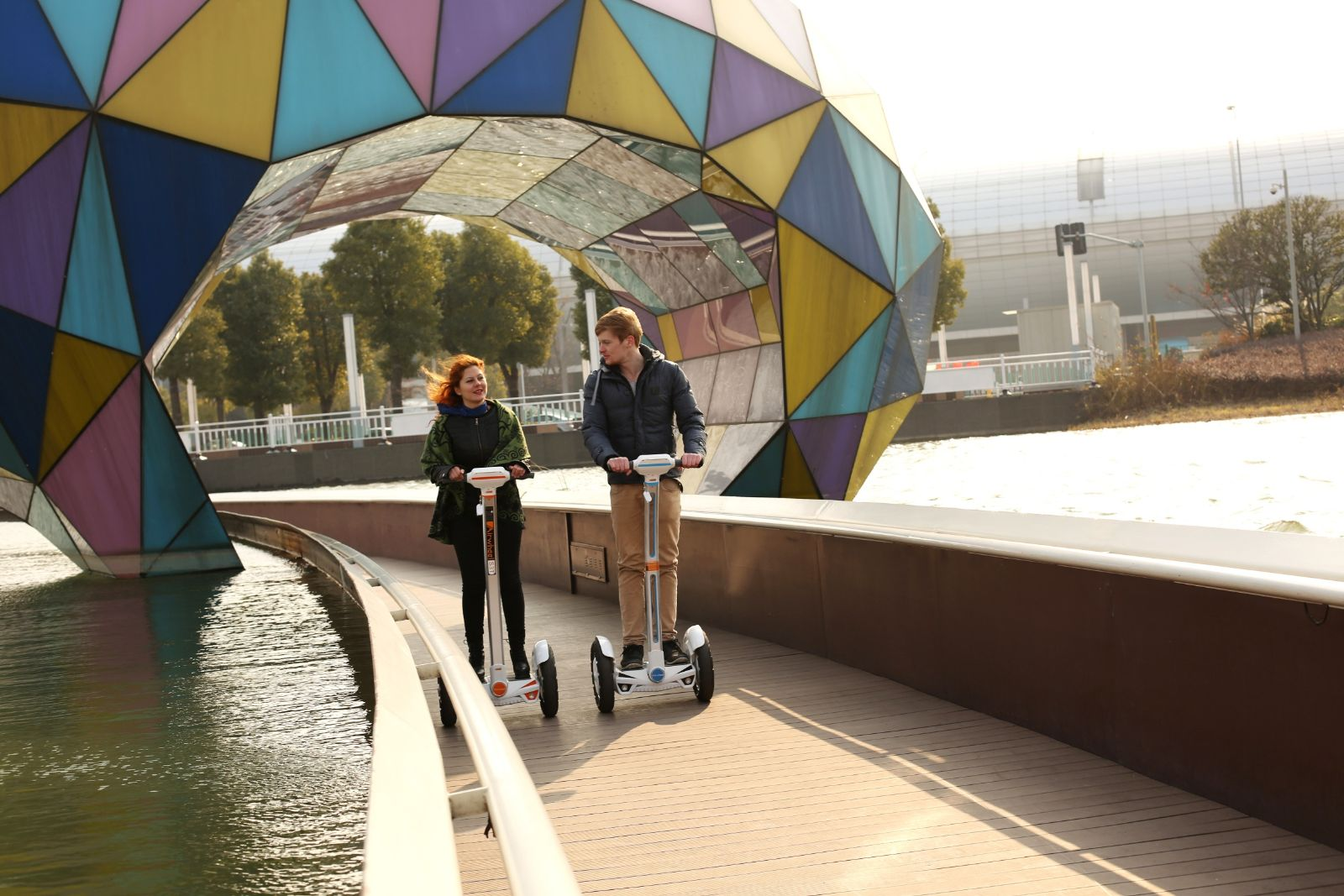 With Airwheel Electric Self-balancing Scooter, Protecting Environment Will No Longer Take Some Doing.