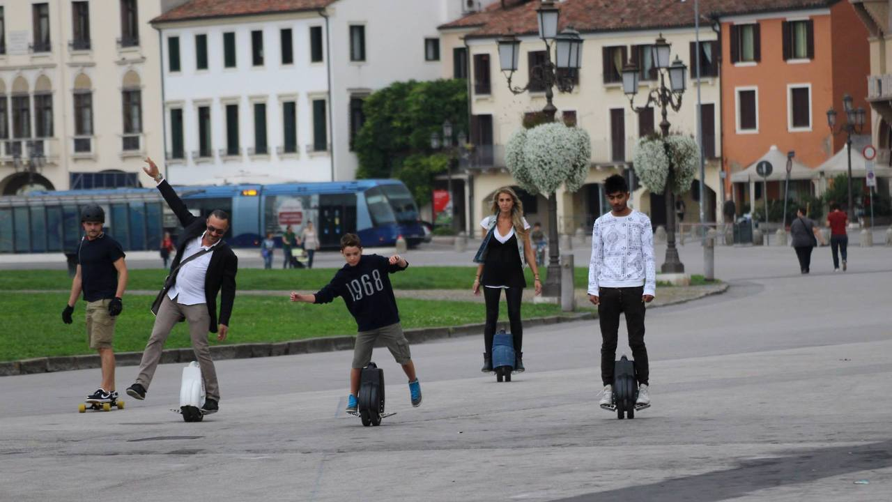 Airwheel Offers a Full Range of Hi-tech Self-Balancing Unicycles