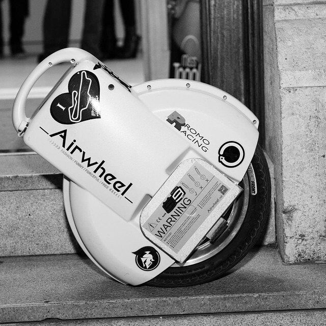 Airwheel, twin-ruota auto-bilanciamento scooter