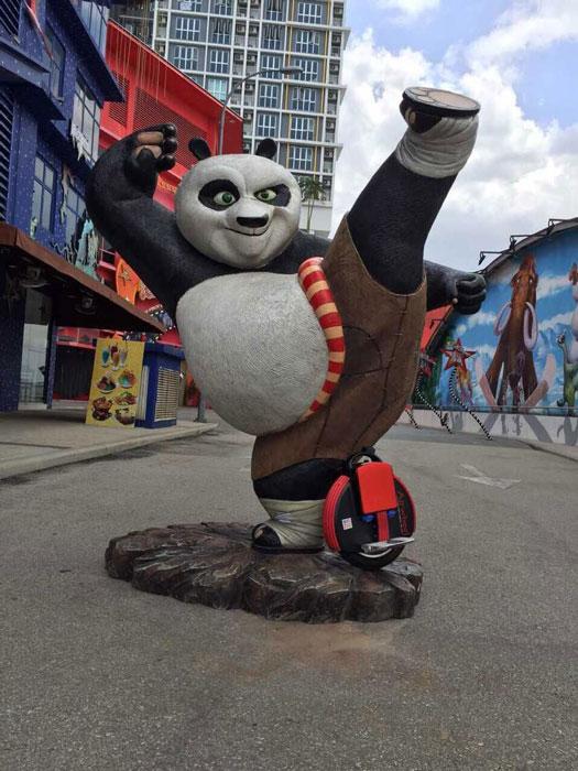 single-wheeled self-balancing scooter
