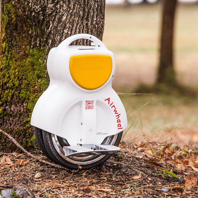 Get an Airwheel Q1 electric scooter to protect environment