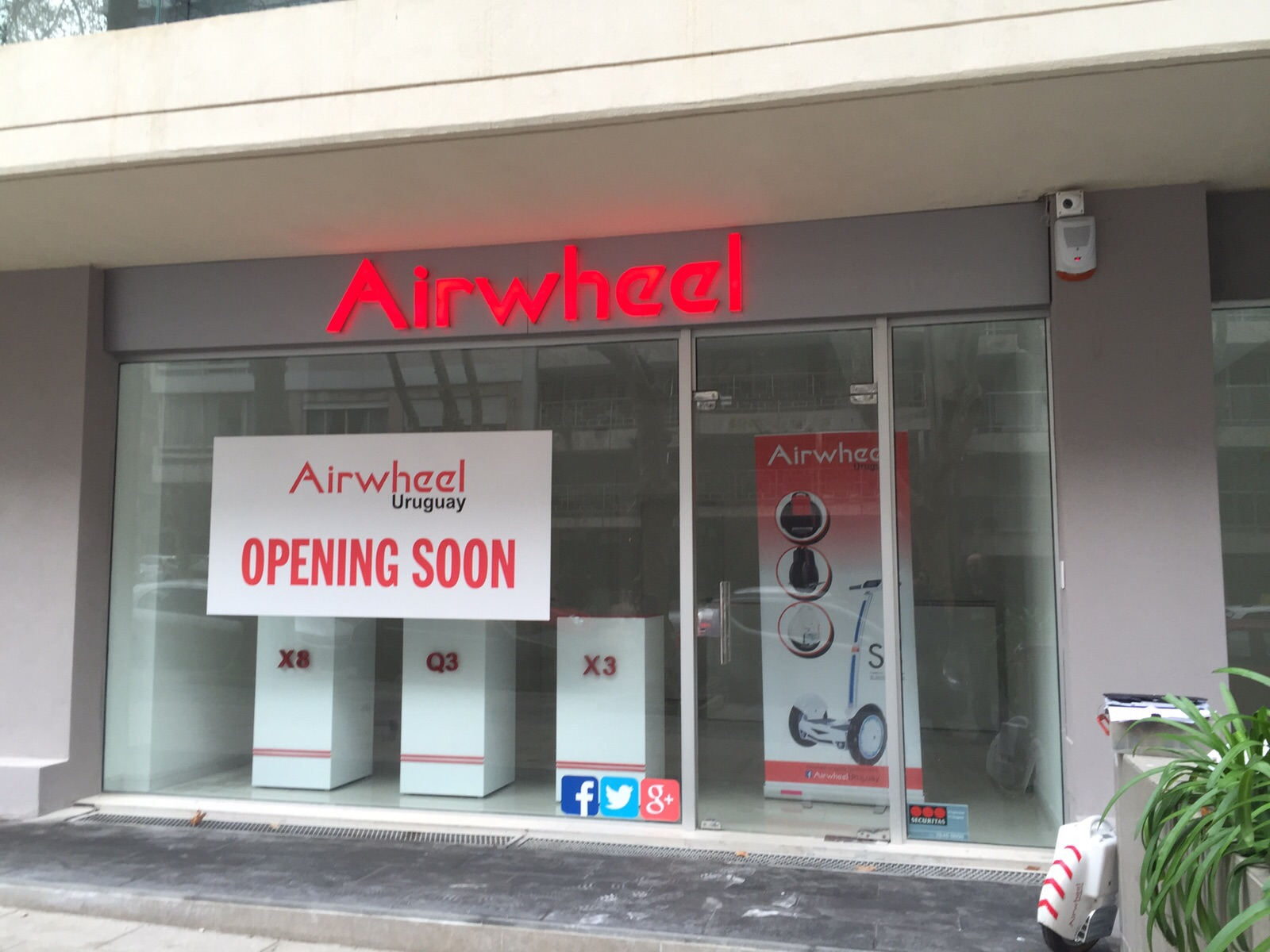 Airwheel's grand opening soon in Uruguay