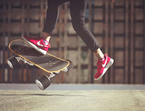 But then the arrival of Airwheel M3 electric skateboard can be one of the best gifts at Christmas.