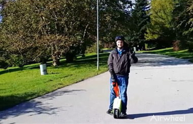 the scooter with one wheel,airwheel electronic unicycle,airwheel Q5
