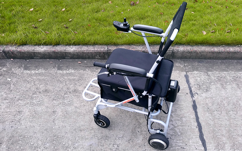 Airwheel H8 Manual Wheelchairs