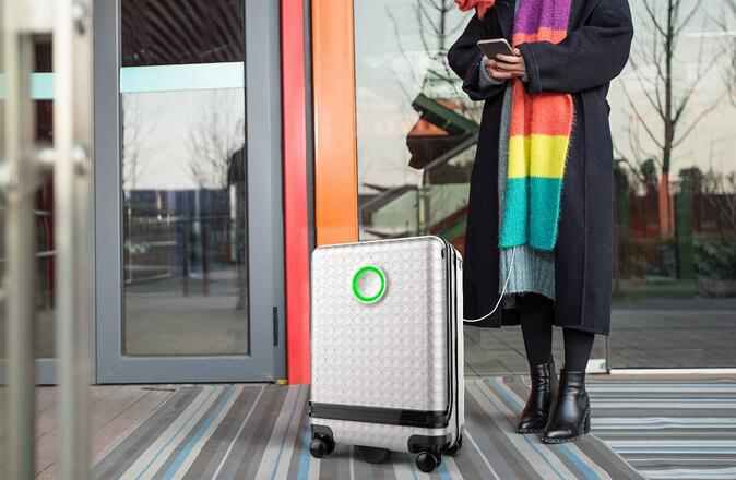Airwheel SR3 intelligent autonomous suitcase