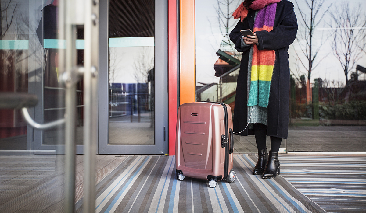 Airwheel SR3 intelligent suitcase